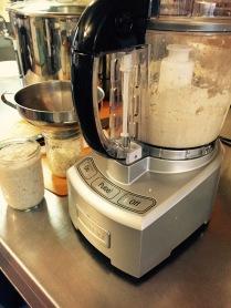 Making horseradish